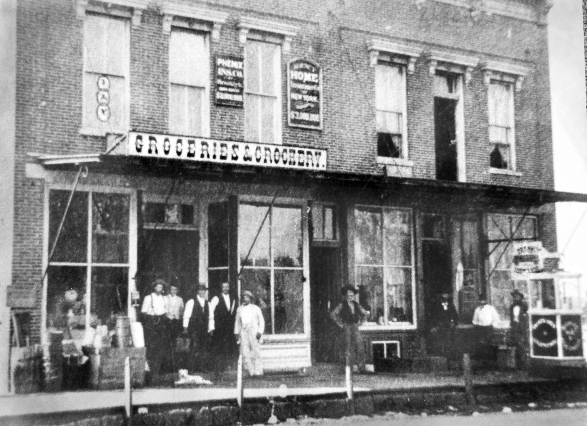popcorn stand in Iowa Falls circa 1870